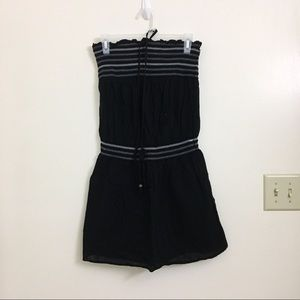 BLACK STRAPLESS OR HALTER ROMPER